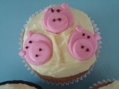 three little pigs cupcakes!