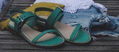 TAPODTS Lieblingsschuhe für heiße Tage. Diese Sandale von TAPODTS überzeugt durch ihre sportliche Eleganz. Das ausgewählte Oberleder unterstreicht Ihren Look.  Das 100% chromfreie Innenleder garantiert ein unbeschwertes Barfußtragen.
