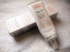 Para tratar as cicatrizes de acne - TriAcnéal da Avenè