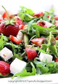 TAPENDA Przepisy Kulinarne na każdy dzień: Sałatka codzienna 5 Salad Recipes, Diet Recipes, Chicken Recipes, Great Dinner Recipes, Healthy Dinner Recipes, Greens Recipe, Family Meals, Potato Salad, Clean Eating
