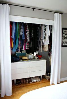 Basic Walk In Closet Organization