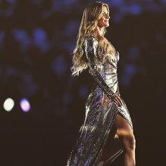 Real Queen #gisele #brasil #queen #myinspireland