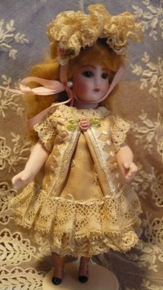 "Antique Mignonette Style Old Lace Dress Set 4 All Bisque 5 5""German French Doll 