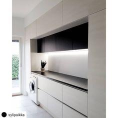 The Best 2019 Interior Design Trends - Interior Design Ideas Kitchen Room Design, Modern Kitchen Design, Modern House Design, Kitchen Decor, Mudroom Laundry Room, Laundry Room Remodel, Laundry In Bathroom, Modern Laundry Rooms, Laundry Room Inspiration