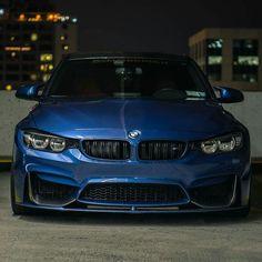 BMW F82 M4 blue