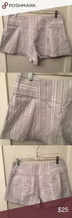"Free People Linen Blend Shorts Sz small gray EUC Excellent condition!   Waist: approx 30""  Inseam: 2""  Rise: 12""   Message me with any questions! Free People Shorts"