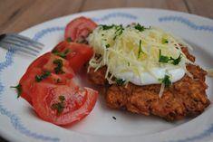 Ínyenc édesburgonya borzas - Gruyère sajttal | Recept Guru Salmon Burgers, Sweet Potato, Paleo, Food And Drink, Potatoes, Chicken, Ethnic Recipes, Drinks, Funny