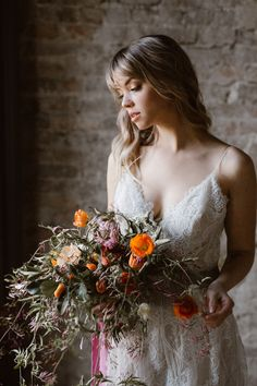 Utterly Dreamy Wedding Inspiration at The Cordelle Nashville Professional Wedding Photography, Wedding Photography Inspiration, Wedding Inspiration, Simple Wedding Bouquets, Flower Bouquet Wedding, Nashville Wedding Venues, Wedding Places, Wedding Photoshoot, Bridal Portraits