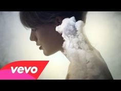 "Taylor Swift - ""Style"" Music Video Premiere - Take a look at the new beautiful and simple music video from Taylor Swift for her latest single, ""Style"", off her album '1989'."