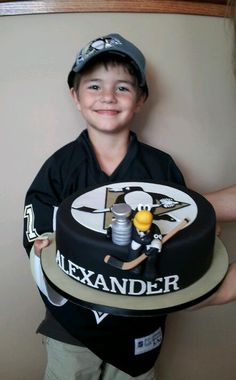Check out this fan's birthday cake!