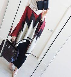 Islamic Fashion, Muslim Fashion, Modest Fashion, Fashion Dresses, Hijab Wear, Hijab Dress, Casual Hijab Outfit, Hijab Style, Hijab Chic