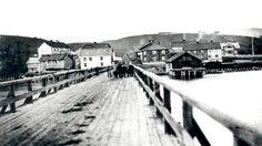 Eidsvoll Ullensaker Blad | GAMLE GLIMT: Det eldste kjente bildet av den første Sundbrua