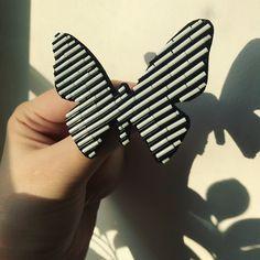 Посмотрите в сторис какой блеск у японского бисера ❤️✨ на фото этого не видно. #бабочкагнездосороки