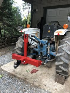 Off Road Atv Trailers, Cattle Trailers, Tractor Drawbar, 8n Ford Tractor, Small Barn Home, Small Barns, Homemade Tractor, Tractor Accessories, Barn Shop