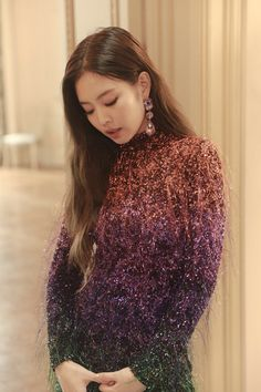 Your source of news on YG's current biggest girl group, BLACKPINK! Kim Jennie, Jenny Kim, K Pop, Kpop Girl Groups, Kpop Girls, Rapper, Blackpink Photos, Blackpink Fashion, Blackpink Jisoo