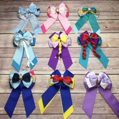 This bow measures approximately Attached to a fully lined alligator clip with a slip grip. Disney Princess Hairstyles, Princess Hair Bows, Girl Hair Bows, Disney Hair Bows, Diy Disney Ears, Hair Bow Tutorial, Fabric Flower Tutorial, Headband Tutorial, Disney Diy Crafts