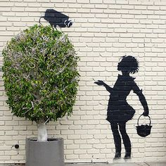 http://streetheart-berlin.de  *Dieses Streetart Motiv stammt von dem wohl berühmtesten Street Artist der Szene - dem aus Bristol stammenden Banksy, der sich trotz mehrerer Millione