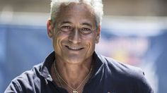 Former US Olympic diving champion Greg Louganis is backing calls for high diving to be included in future Games.