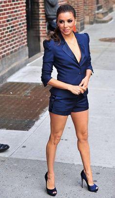 Eva Longoria Chic Outfit for David Letterman Show | Suit and Short Navy Blue 1