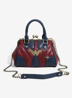 83e620b160 DC Comics Wonder Woman Kisslock Bag