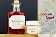 Johanniskrautöl ansetzen und daraus eine Salbe zu machen geht ganz einfach und ist ein wunderbares Mittel für die Hausapotheke um kleine Wunden zu heilen.