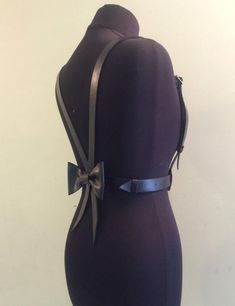 Isn't this harness bow belt super cute tho? Hermes Belt, Bow Belt, Designer Belts, Fur Fashion, Belts For Women, Leather Backpack, Super Cute, Bags, Accessories