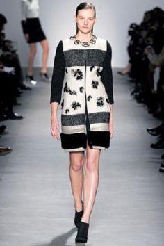 17-325-NEW-GIAMBATTISTA-VALLI-Runway-Tweed-Jacket-Black-MINK-FUR-Chanel-COAT-38
