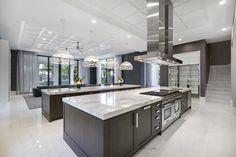 Luxury Kitchen Design, Dream Home Design, Luxury Kitchens, Home Kitchens, House Design, Tuscan Kitchens, Home Decor Kitchen, Kitchen Interior, Kitchen Ideas