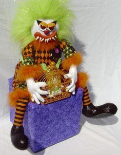 Evil KimB Klown slight 3/4 view