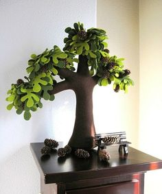 diy-beautiful-felt-trees-for-your-home-19