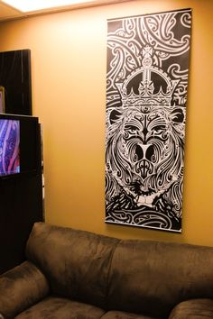 Lion of Judah Moko style. Maori Art, Lion Of Judah, Sweet Home, Wall Lights, Bob, Drawings, Home Decor, Style, Tatoo