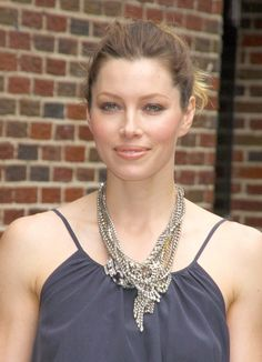 Jessica Biels fun and flirty ponytail hairstyle