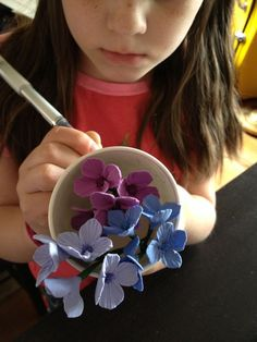 DIY hydrangea blossoms made out of clay