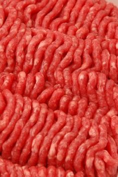 This is a guide about freezing ground beef. When ground beef goes on sale it is a great time to buy extra and freeze some for later use.