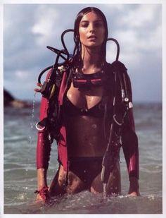 Female Scuba Divers