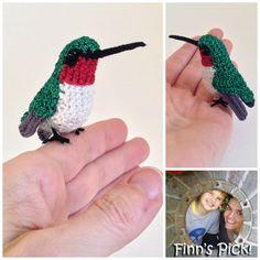 Beautiful! Crochet Ruby-Throated Hummingbird Amigurumi | KnitHacker