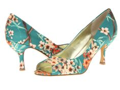 Nine West-Quinty (Green Solk Combo Fabric)