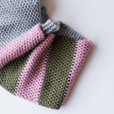 Tunisian Crochet Ah, Tunisian crochet. Part knit, part crochet and endlessly versatile. It's no wonder we're obsessed. - Ah, Tunisian crochet. Part knit, part crochet and endlessly versatile. It's no wonder we're obsessed. Tunisian Crochet Blanket, Tunisian Crochet Patterns, Knit Or Crochet, Double Crochet, Free Crochet, Knitting Patterns, Crocheting Patterns, Scarf Patterns, Crotchet
