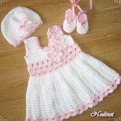 Crochet baby girl dress pattern.