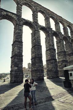 Roman architecture and Spaniards in Segovia