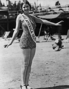 Norma Smallwood of Tulsa, Okla., became Miss America in 1926.