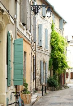 Arles, in Provence, Time In France, France City, Ville France, South Of France, Fos Sur Mer, Chateauneuf Du Pape, Houses In France, Blue Shutters, Site Archéologique