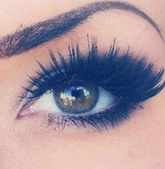 Dramatic fake eyelashes... looks like Lucy Hale!