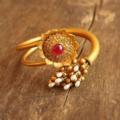 Jewellery Online Gold Ring because Rishabh Gold Necklace Set Hd Pic, Gold Necklace Sets With Weight And Price In Pakistan case Jewellery Shops Dublin Mens Ring Designs, Gold Ring Designs, Gold Jewellery Design, Designer Jewellery, Gold Rings Jewelry, Gold Bangles, Antique Jewelry, Jewelery, Ancient Jewelry