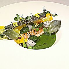 Salmon belly dragon fruit majii leaves lemon balm #chefsroll #truecooks #cartelkitchen #artofplating #gastroart #theartofplating #chefsofinstagram #thestaffcanteen #culinationmagazine #fourmagazine #food4inspiration #chefstalk #worlds50best by cheflangdon13