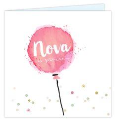 Een origineel vierkant geboortekaartje voor een meisje met ballon in watercolour effect! Uniek met pastel gekleurde confetti snippers en dots. En hippe hand brush script. Enveloppen zijn los bij te bestellen.