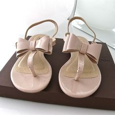 There is 0 tip to buy shoes, sandals, bowsandals. Help by posting a tip if you know where to get one of these clothes. Nude Sandals, Bow Sandals, Flip Flop Sandals, Summer Sandals, Flip Flops, Buy Shoes, Me Too Shoes, Nude Boots, Beautiful Sandals