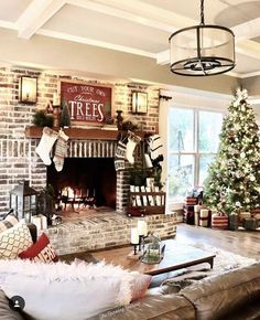 144 wonderful holiday decoration for living room bright and holy -page 1 ~ Modern House Design Decoration Christmas, Christmas Mantels, Farmhouse Christmas Decor, Noel Christmas, Rustic Christmas, Holiday Decor, Xmas, Christmas Cactus, Christmas Fireplace
