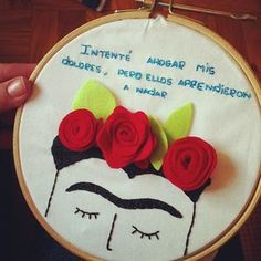 Quadrinho em bordado livre Frida Kahlo