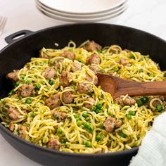 golden fried spaghetti in a large skillet with sausage peas and spinach Chicken Pasta Bake, Bacon Pasta, Healthy Pasta Recipes, Healthy Pastas, Healthy Family Dinners, Kids Meals, Italian Sausage Meatballs, Fussy Eaters